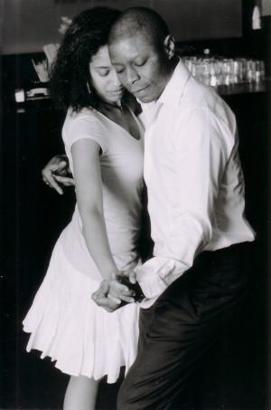 Alena Uti und Tony Gomes tanzen Kizomba