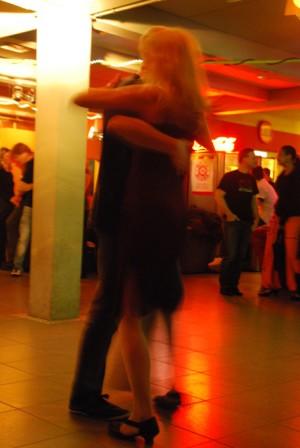 Salsa tanzen in der Luna Bar
