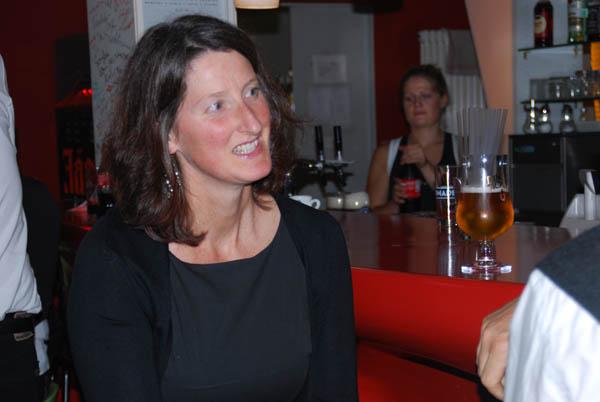 http://www.tanzen-im-schwanen.de/wb/media/Fotogalerien/11110713_Salsa_BlackWhite/6-11-SalsaBW_15.jpg