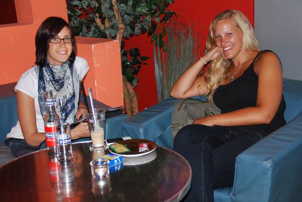 http://www.tanzen-im-schwanen.de/wb/media/Fotogalerien/11110713_Salsa_BlackWhite/6-11-SalsaBW_18.jpg