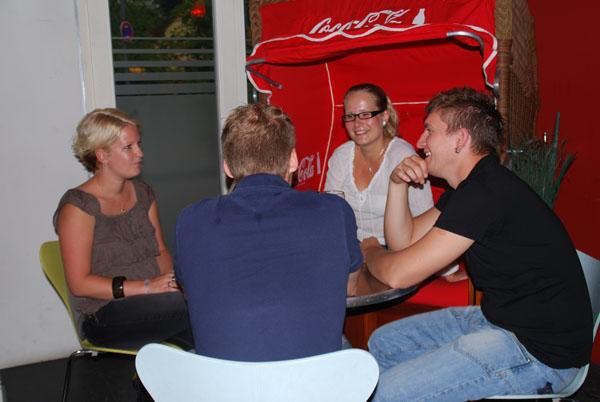 http://www.tanzen-im-schwanen.de/wb/media/Fotogalerien/11110713_Salsa_BlackWhite/6-11-SalsaBW_26.jpg