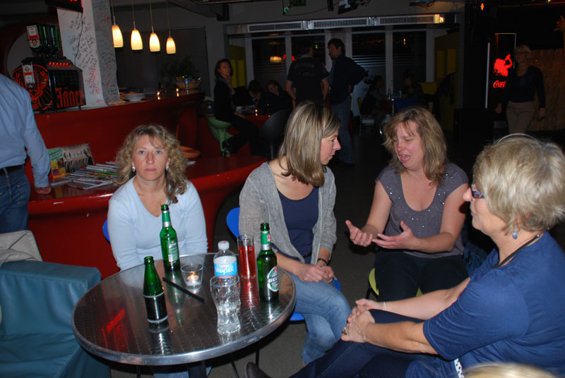 http://www.tanzen-im-schwanen.de/wb/media/Fotogalerien/111116_Salsa_Blue/1116_63.jpg