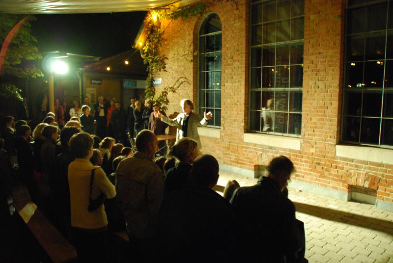 http://www.tanzen-im-schwanen.de/wb/media/Fotogalerien/Jubilaeumsfest24.9.10/09-10_100.jpg